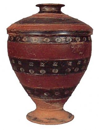 vaso degli antichi Veneti con decorazioni geometriche