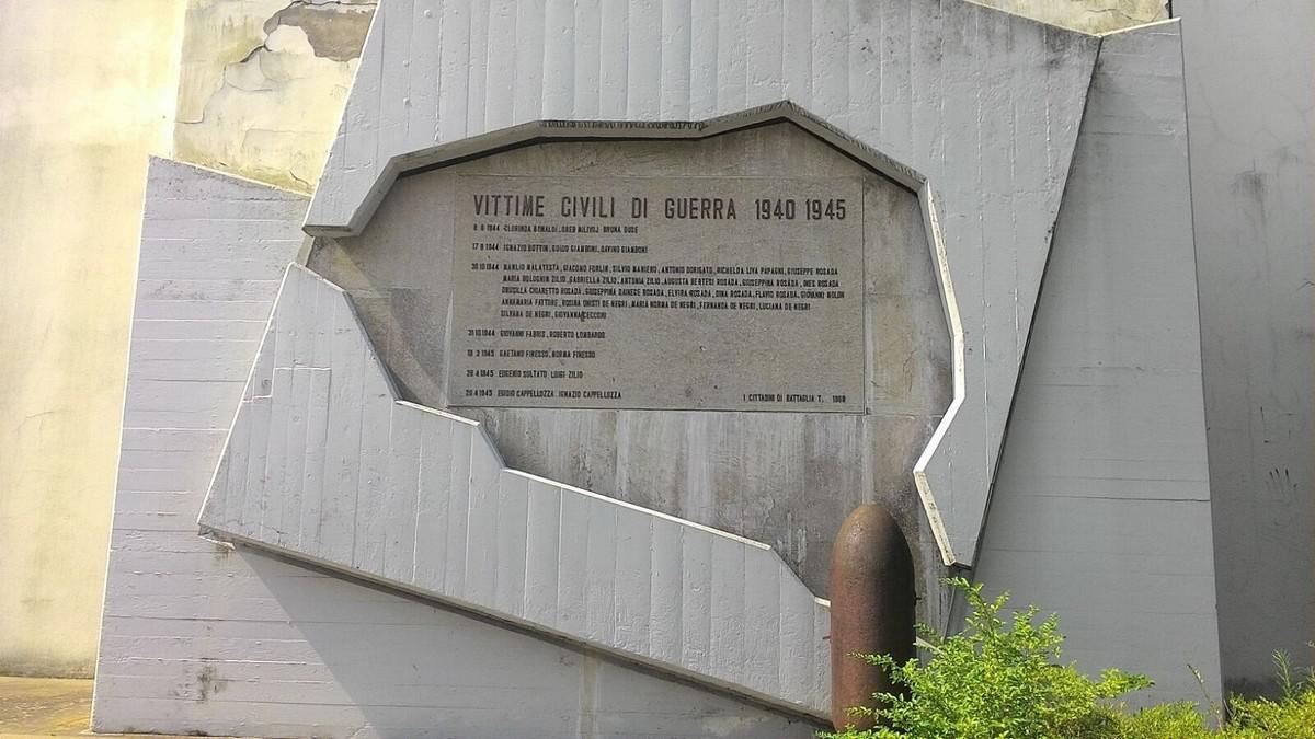 Battaglia Terme, Monumento alle Vittime civili di guerra 1940-1945.