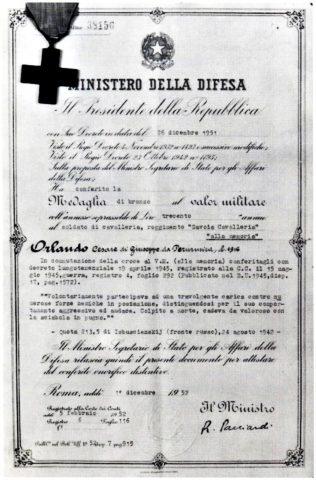 Documento attestante il conferimento della Medaglia di bronzo al valor militare ad Orlando Cesare.