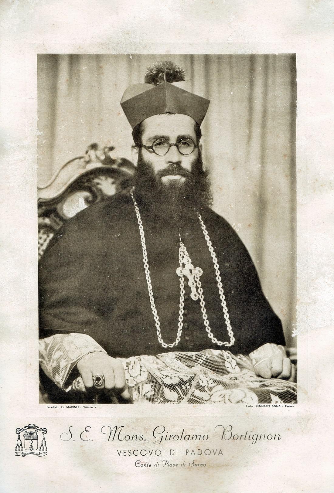 Il vescovo di Padova Girolamo Bartolomeo Bortignon. Foto ufficiale.