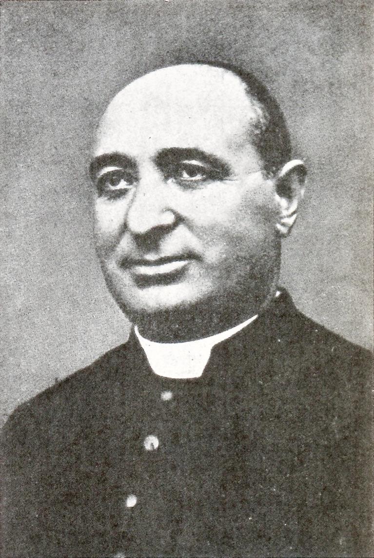 Don Giuseppe Lago, parroco di Santa Giustina in colle.