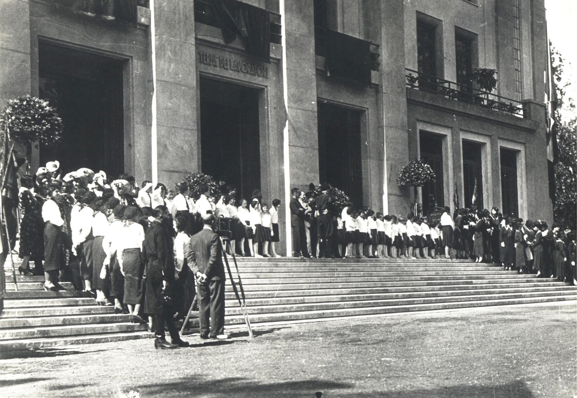 1936, inaugurazione dello stabilimento termale di Battaglia Terme, di proprietà dell'INFPS.