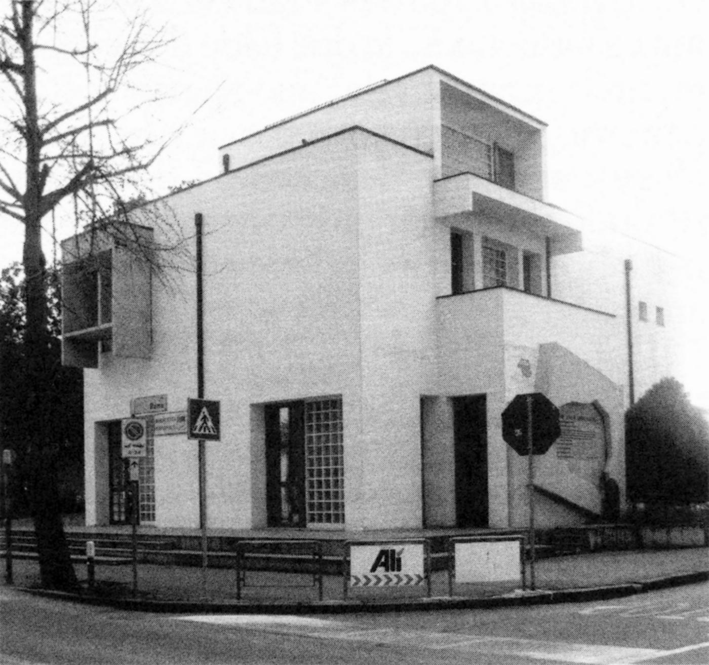Battaglia Terme, ex Casa del fascio, 2009.