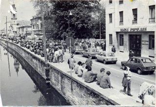 1982, occupazione della SS16 da parte dei lavoratori della Bastogi di Battaglia Terme.