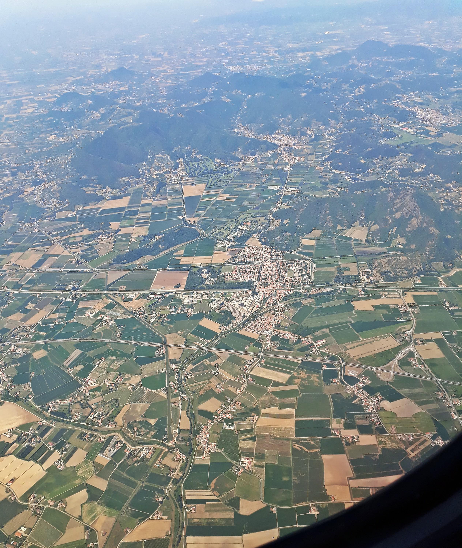 Veduta aerea del paese di Battaglia Terme e del territorio circostante.