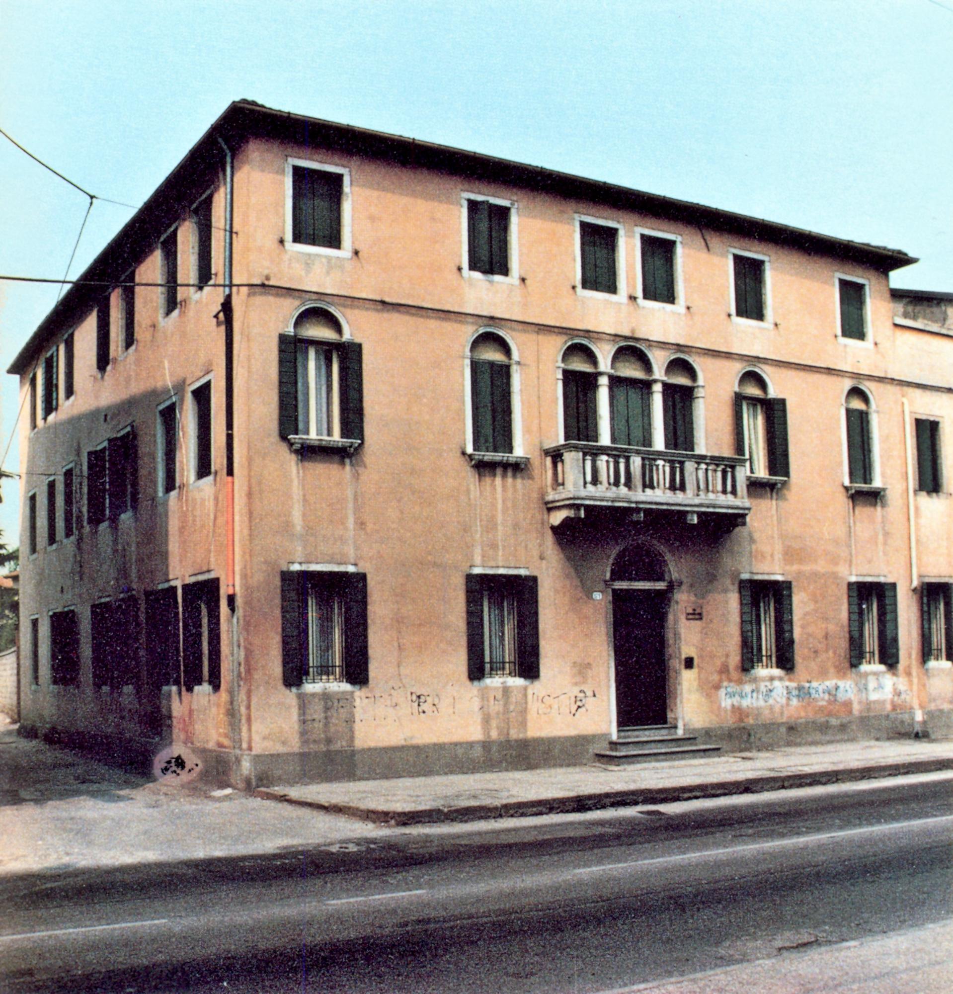 Casa Stradiotto, ora Casa don Domenico Leonati, a Ponte di Brenta.