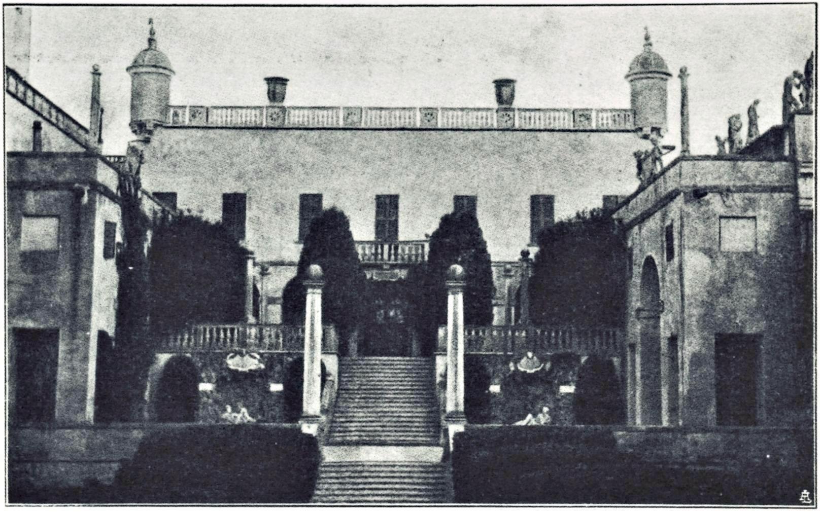 Battaglia - Terme, Castello del Catajo, Scala dei Giganti (1925).