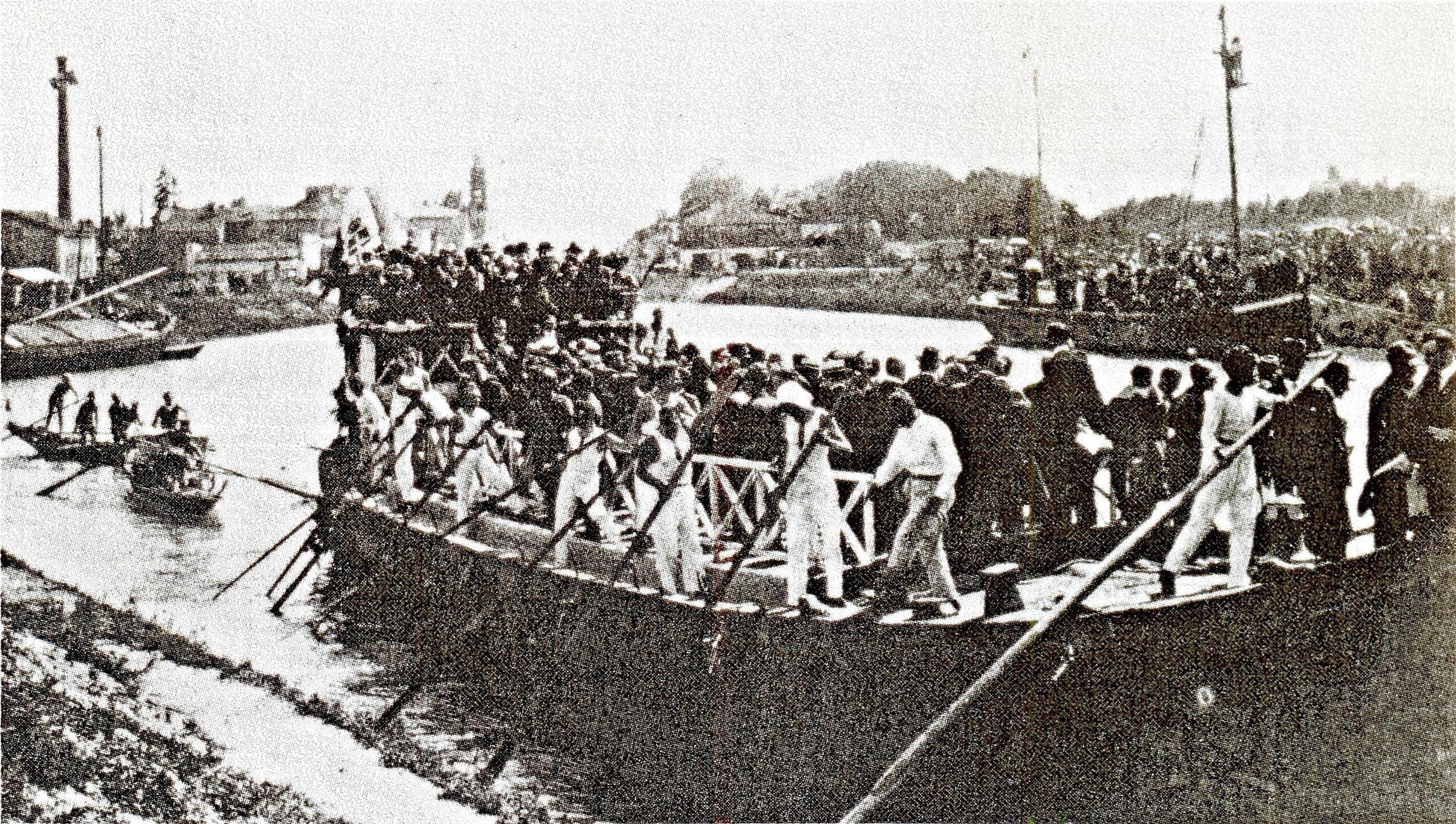 1 giugno 1923, inaugurazione della Conca di Battaglia alla presenza di Benito Mussolini.