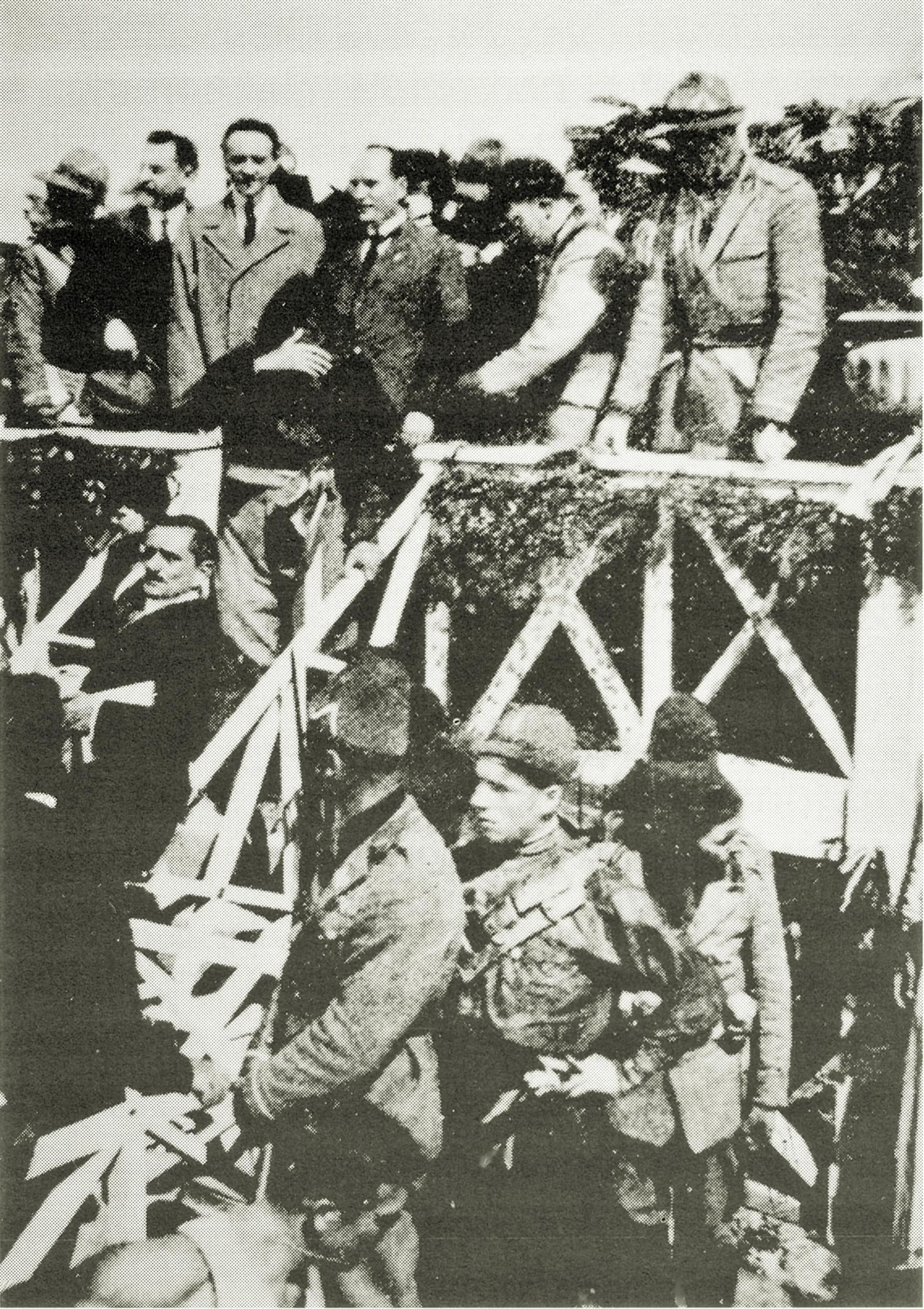 Mussolini all'inaugurazione della Conca di navigazione di Battaglia, 1923.