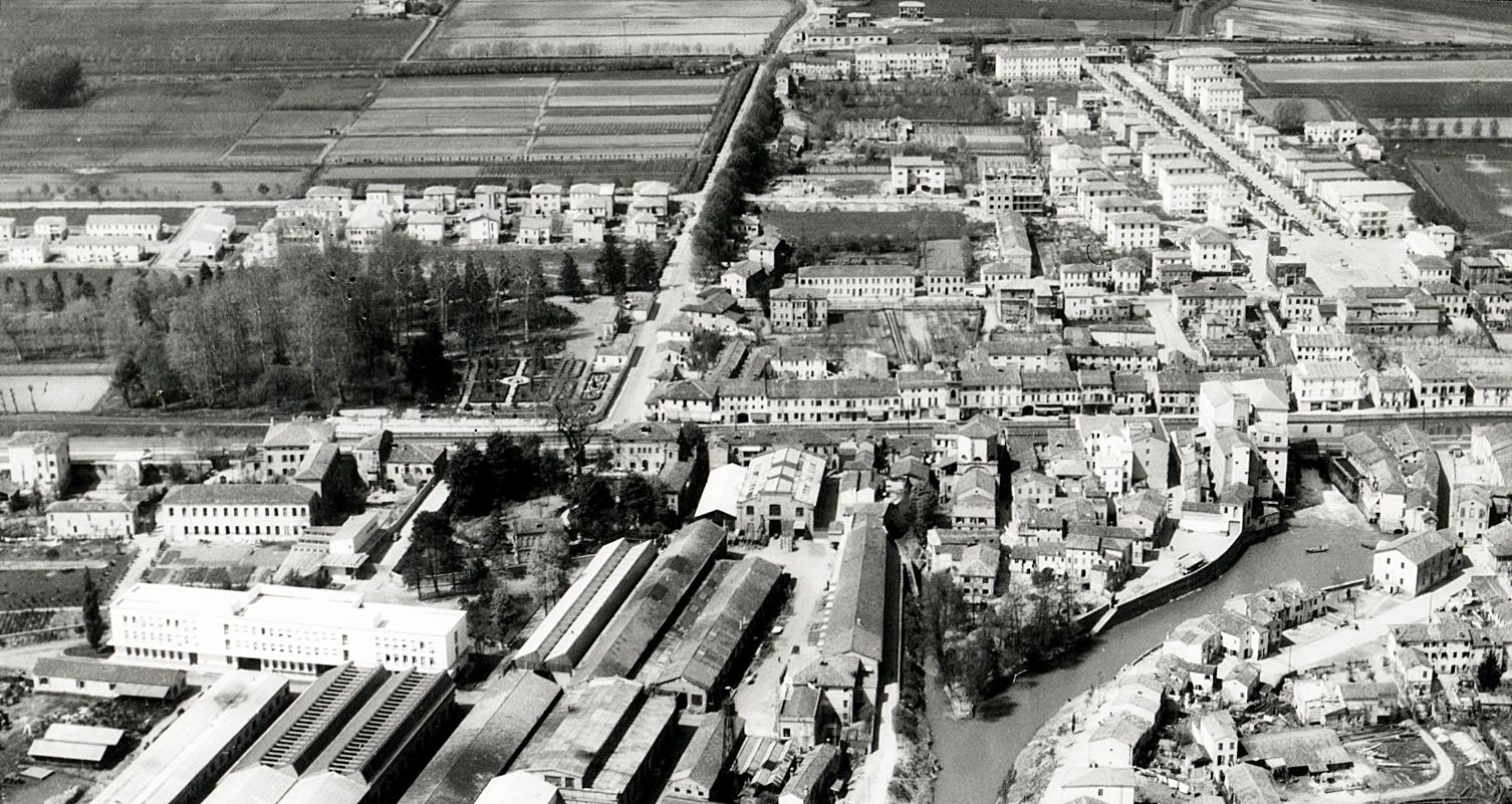 Foto aerea di Battaglia Terme, 1956.