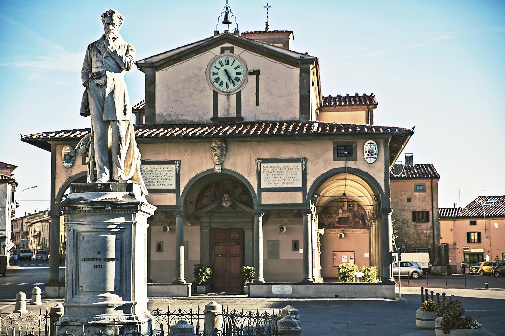 Il monumento a Giuseppe Giusti eretto a Monsummano, nell'omonima piazza.