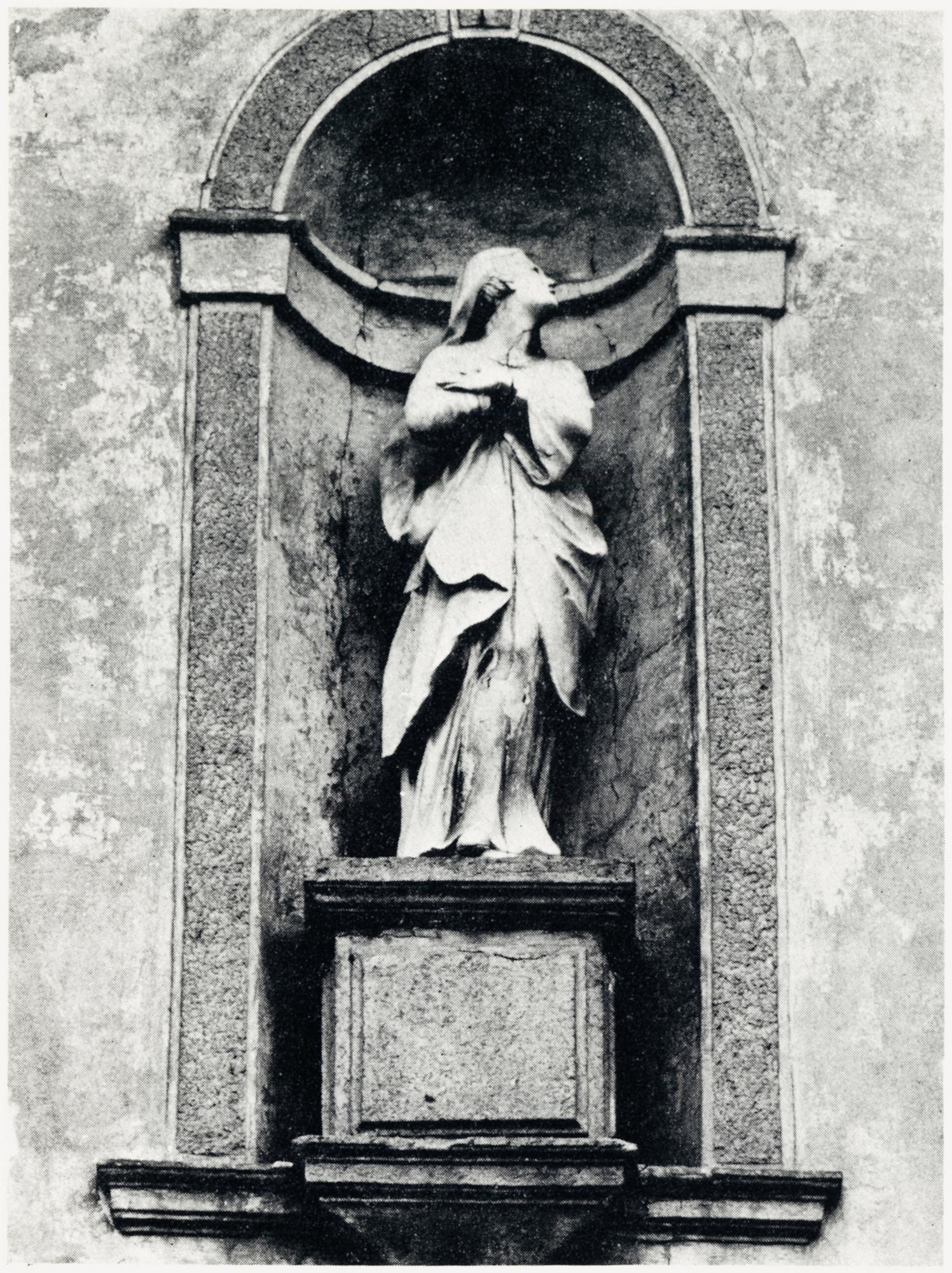 La Madonna, facciata vecchia chiesa di S. Giacomo, Battaglia Terme.