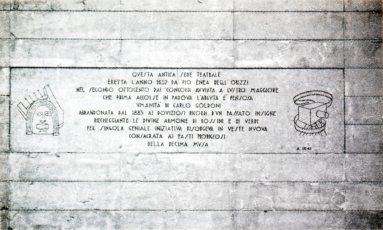 Lapide a ricordo dell'antica sede teatrale eretta nel 1652 da Pio Enea degli Obizzi. Padova, via Obizzi.