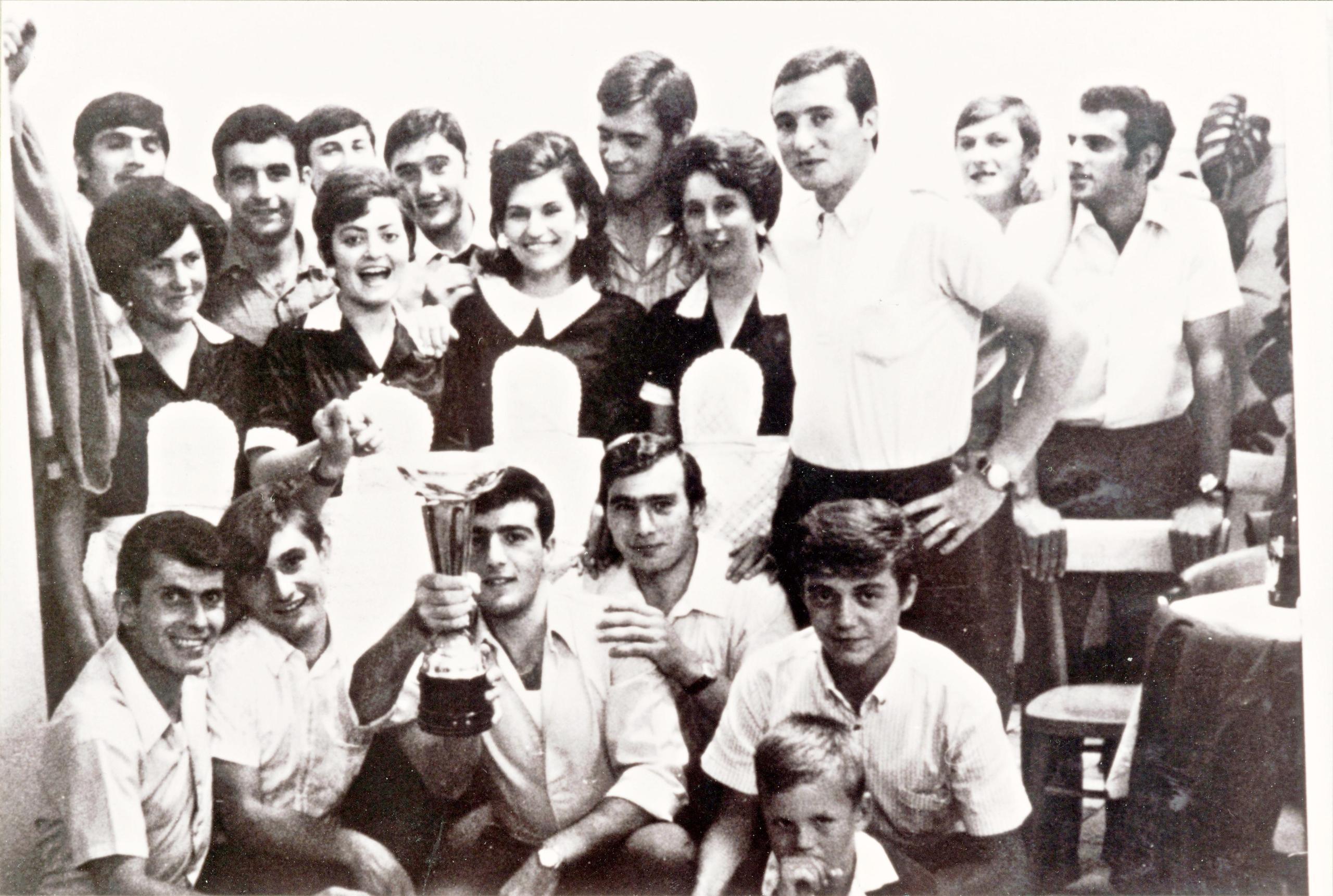 1968, il Galileo Battaglia è in festa per la promozione raggiunta.