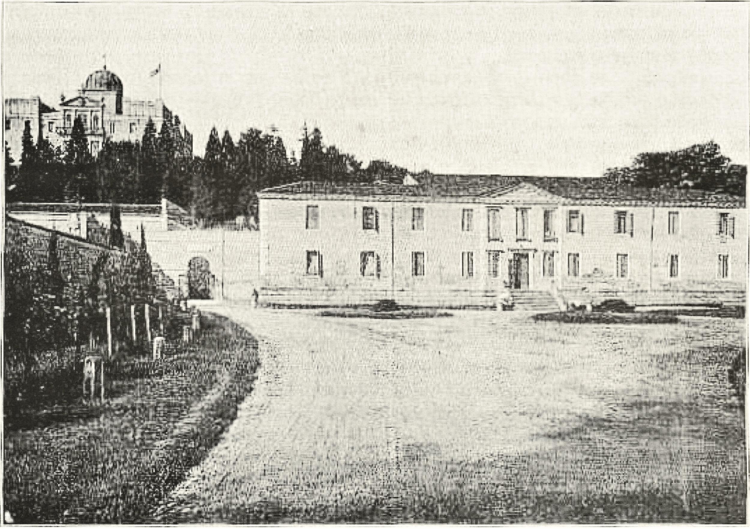 Lo Stabilimento termale di Sant'Elena in una foto degli anni '20.