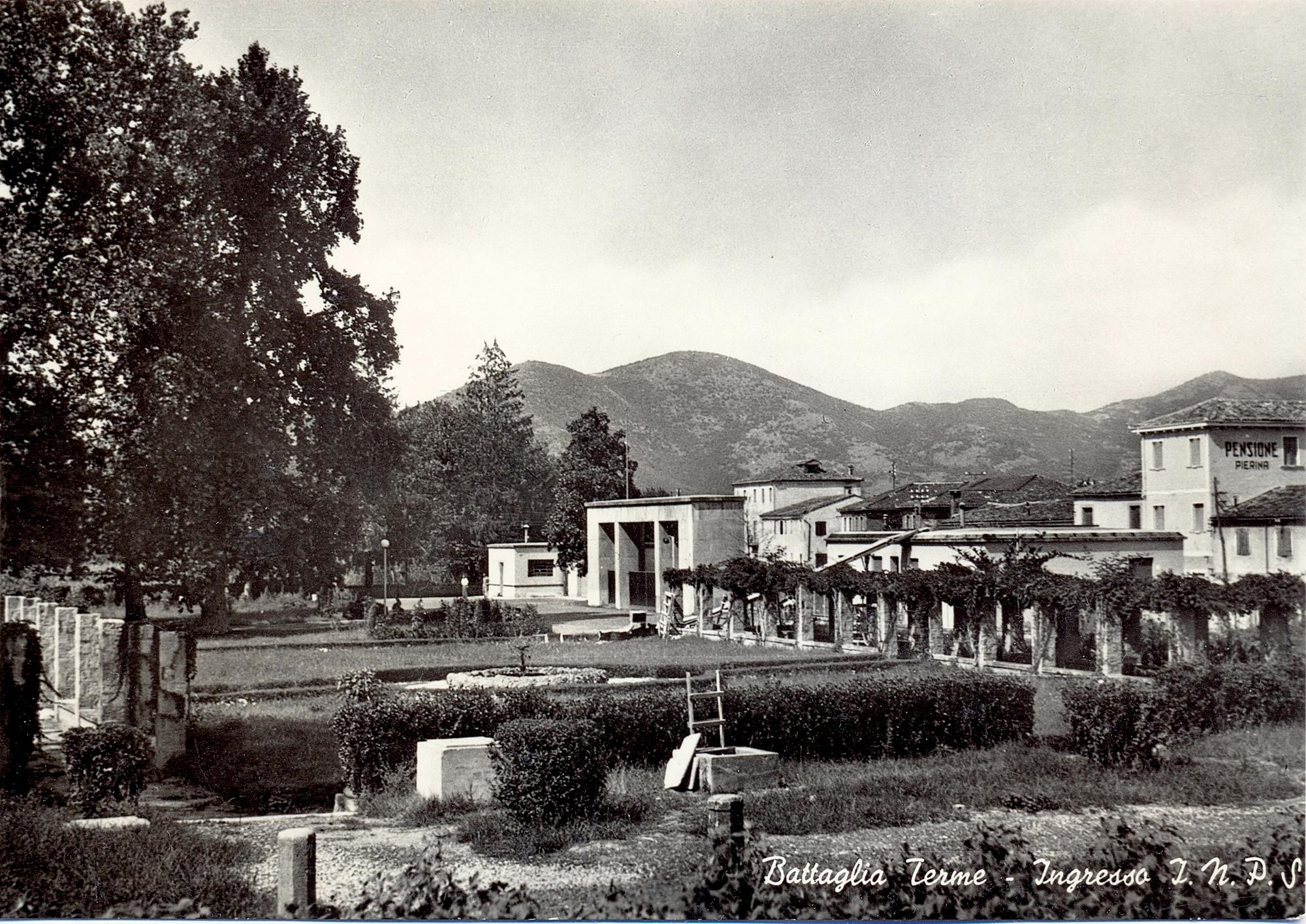 Ingresso dell'INPS di Battaglia Terme.