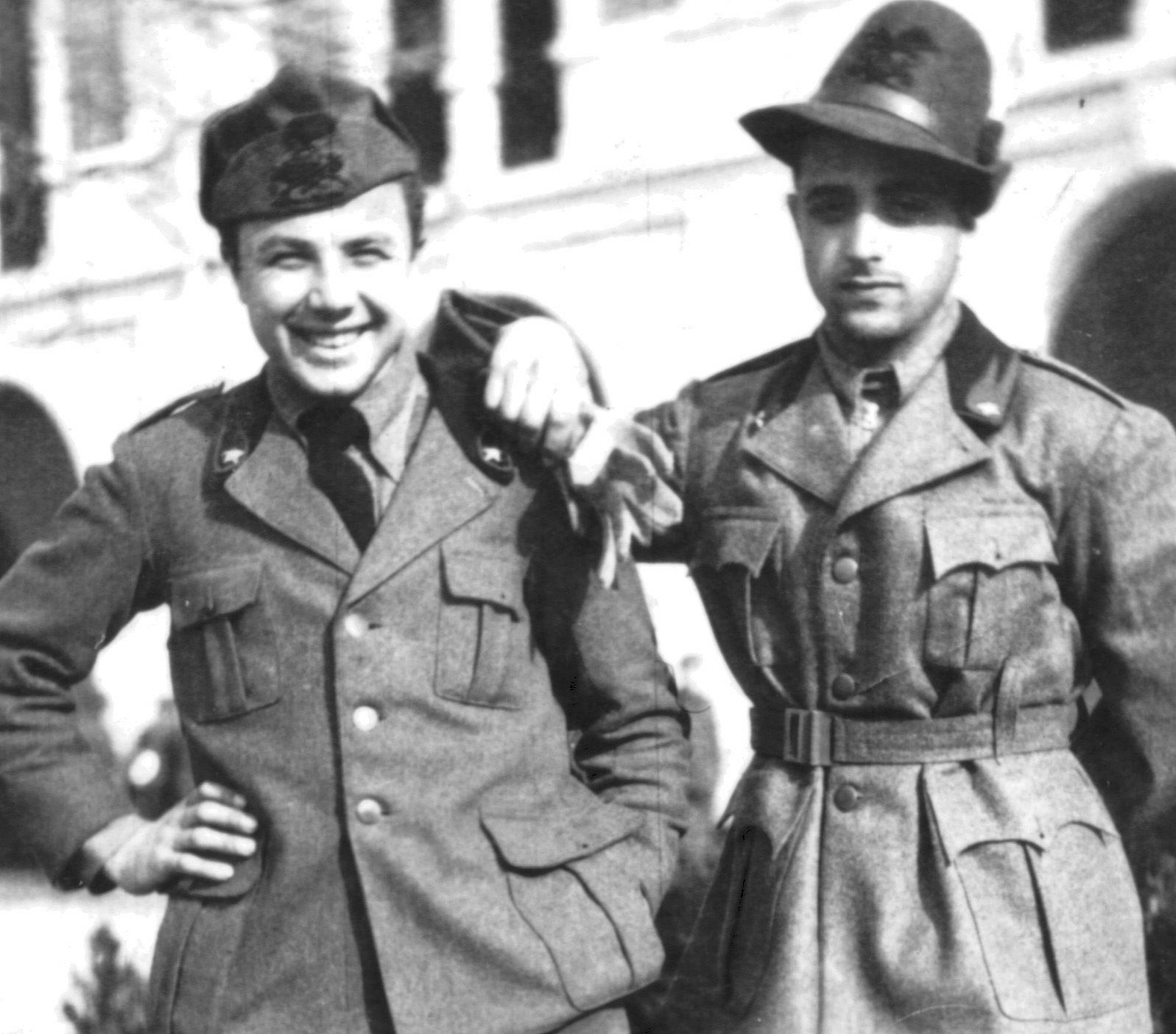I genieri Pregnolato Giacomo e Agostini Italo a Udine.