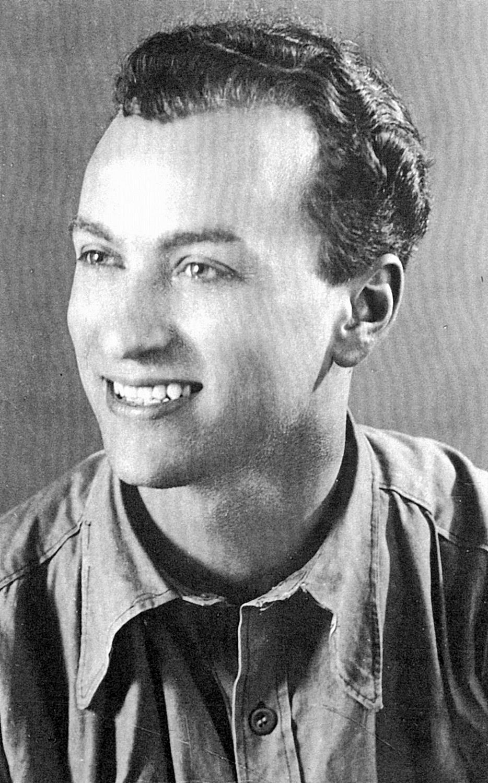Burattin Armando in una foto del 1942.