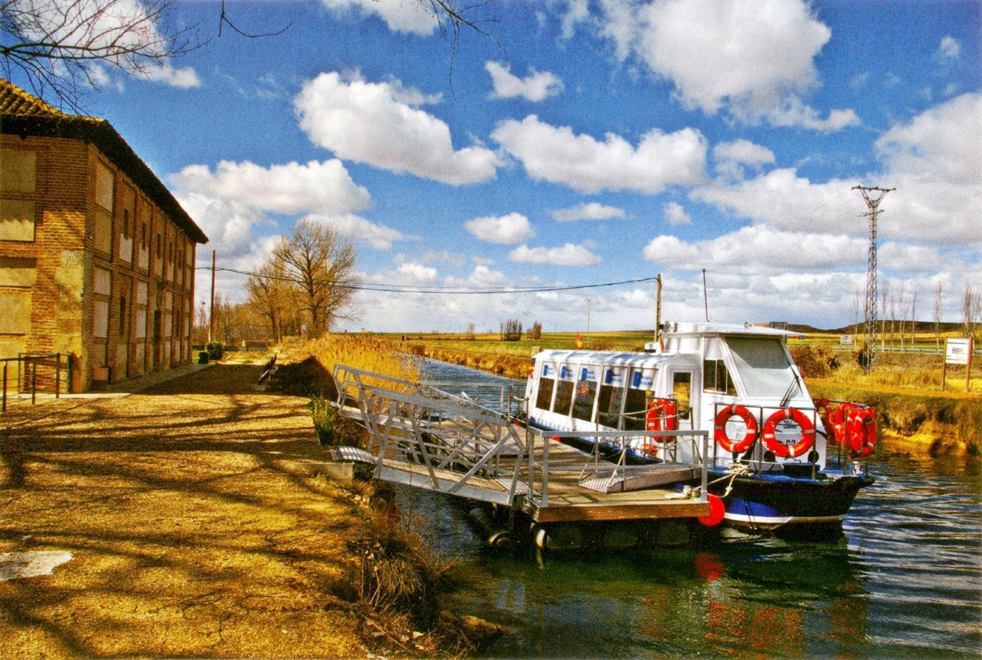 Il canale di Castiglia, uno delle più importanti vie d'acqua europee.