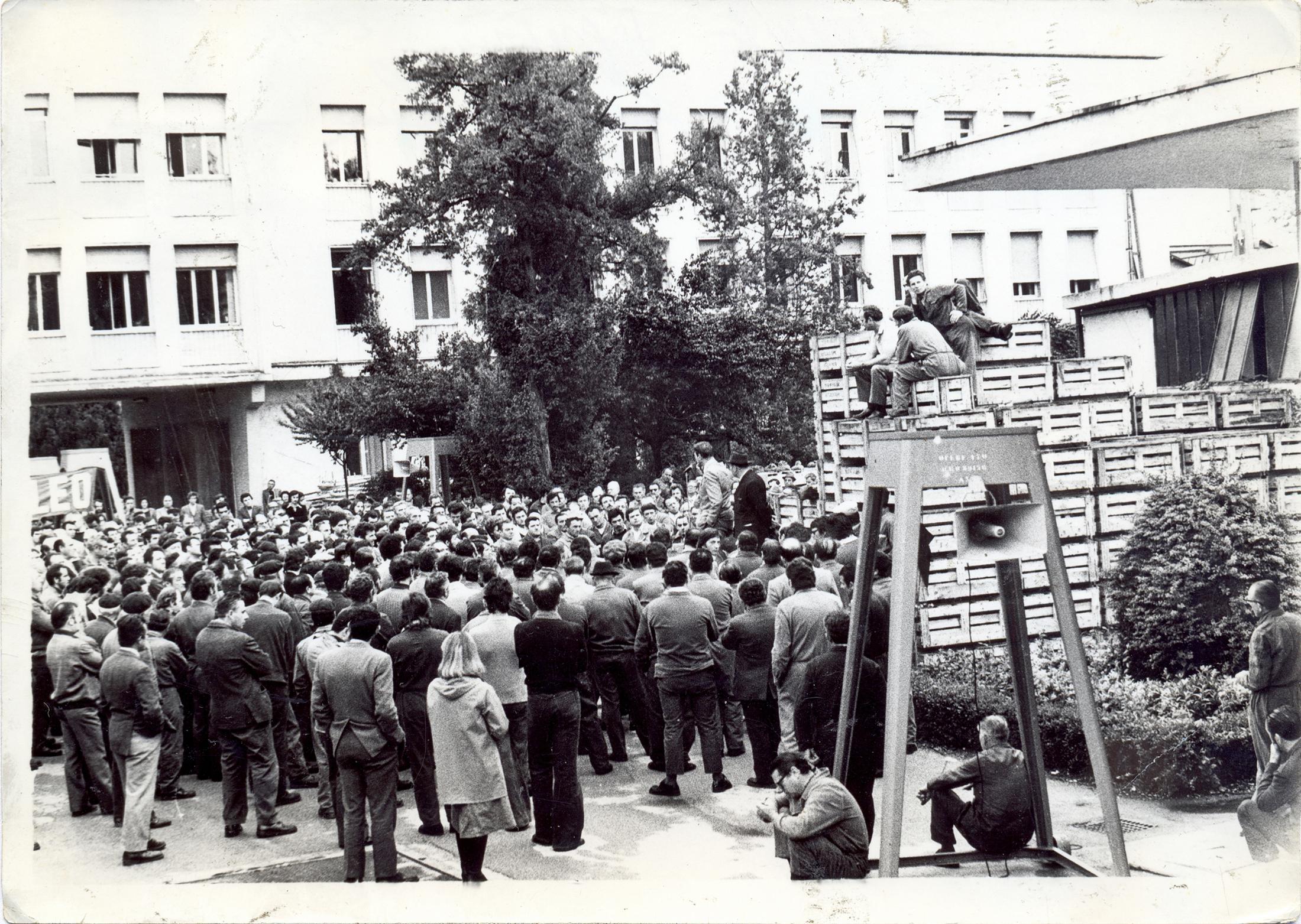 24 aprile 1975, Luciano Lama alla Galileo di Battaglia Terme (2).